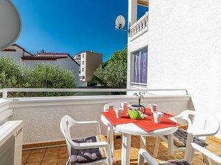 Precioso apartamento renovado cerca de playa y comercios