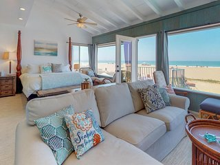 NEW LISTING! Bright oceanfront house with ocean views & easy beach access!