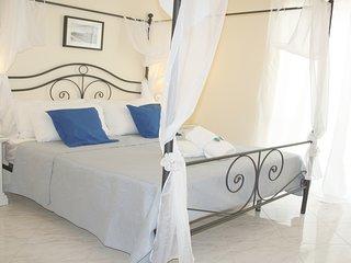 city life pompeii- luna suite con balcone
