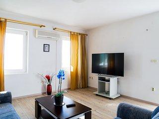 Apartments Dana