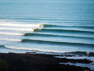 Raglan Surf Camp
