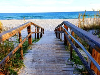 OCEAN VIEW - PENSACOLA BEACH CONDO!  AFFORDABLE