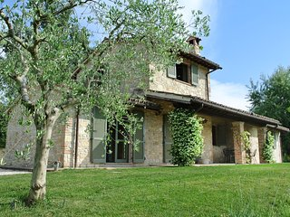 Italian Country Villa with Large Pool and Garden Situated in its own Olive Grove