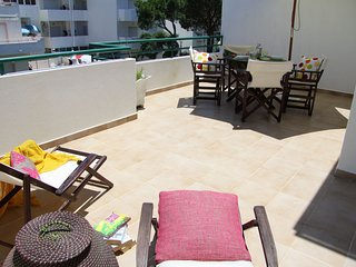 Apartment in Albufeira with Air conditioning, Parking, Balcony, Washing machine
