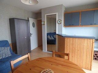 St Gilles Croix de Vie, studio-cabine au pied de la Grande Plage !