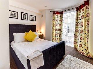 Charming 1 bed sleeps 4 in trendy Stoke Newington