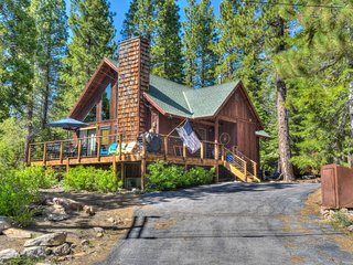 Tahoe Cabin with Large Deck: Walk To Lake Tahoe