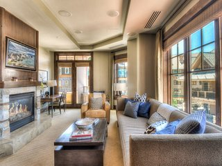 Luxury Ski In/Ski Out Condo at One Village Place