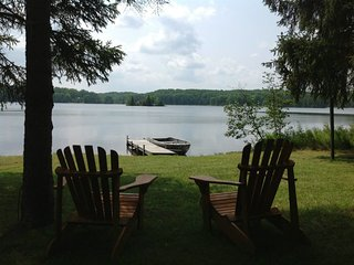 LOON LOOKOUT--Sleeps 4-6--Private dock & row boat included! Great fishing!