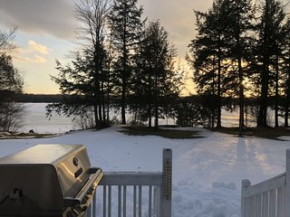 STONE COTTAGE:  Snowmobilers welcome! Winter dates OPEN! Tahquamenon Falls State