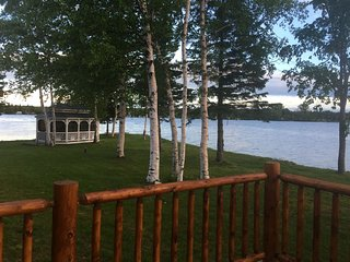 EAGLE POINT COTTAGE (on Brevort Lake): 4 Bedroom, 3 bath with private boat dock