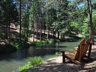 'My Huckleberry Hideaway' Waterfront Wifi 1/2mil> Lake Lodge Beach Near Yosemite