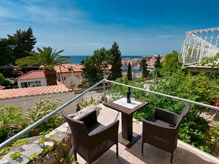 Dubrovnik Lora studio sea & OldTown view, Ploce area FREE PARKING