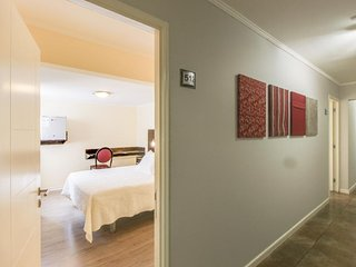 Suite w/ WiFi & shared terrace - walk to beaches, downtown!