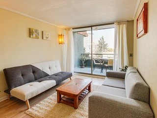 Ideally located city-view condo - perfect for couples - close to everything!