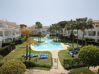 2 bed 2 bath apartment near beach at El Presidente between Marbella and Estepona
