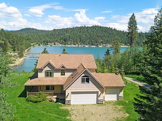 NEW LISTING: Garfield Bay House - Access to Everything the Lake Has to Offer