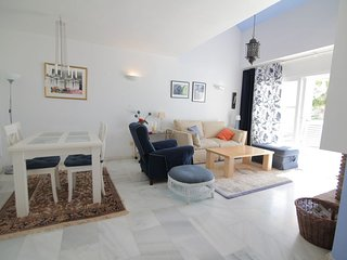 3 bed 3 bath townhouse on El Paraiso between Marbella and Estepona
