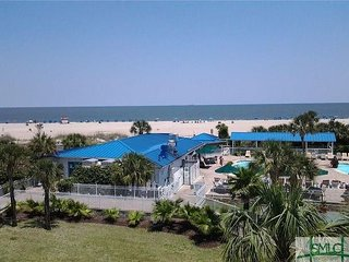 Breathtaking views and perfect location! Balcony #135 Beachside Colony Resort