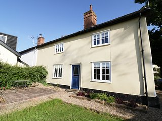 CORNER COTTAGE, open plan kitchen and dining, woodburner, garden with furniture,