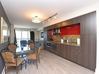 Quaint 1BR + Den by CN Tower & ACC, MTCC