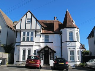 Alumhurst Beach House