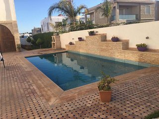 Beach side 3 Bedrooms Villa with Pool Ref: N1050