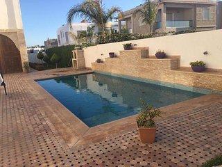 Beach side 3 Bedrooms Villa with Pool Ref: N1050