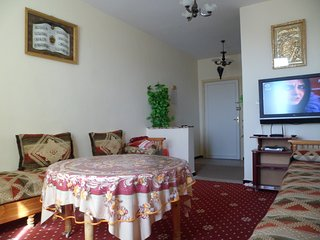 Cozy 1 Bedroom Flat in Perfect Location Ref: H11063