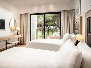 Albufeira Golf Holiday Resort - All In One Ocean Suites 4P and Free Golf
