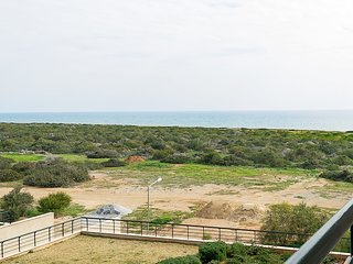 Apartment 14-305 with Sea View