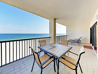 3BR, 2BA Gulf-Front Condo at The Palms – Sunrise & Sunset Views!