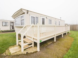 19160 Summerfields East area, 3 Bed, 8 Berth, with decking. Pets welcome.
