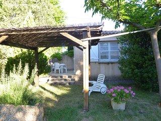 Maison indépendante avec jardin et barbecue 'Les oliviers'