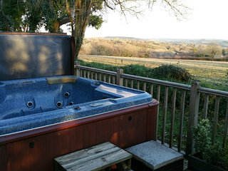 Loxley Lodge Now with HOT TUB