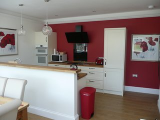 Avenue Park Villa Self Catering Accommodation sleeps 7 near beach