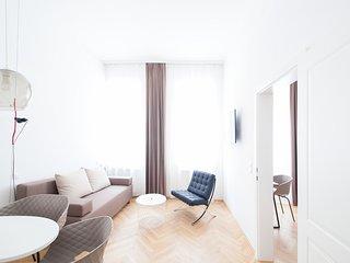#02 Cube 70 - Dein stilvolles Altbauapartment in Wien (Large, Maximum 4 Pax)