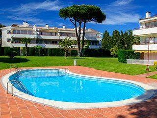 2 bedroom Apartment in Calella de Palafrugell, Catalonia, Spain : ref 5247021