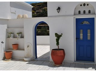 Traditional Cycladic villa in Tinos island