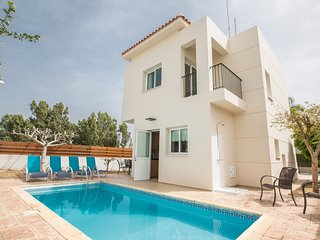 Alkionia Villa, 2 Bedroom villa with private pool