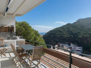 Precioso apartamento con terraza, vistas al mar y a 300m de la playa