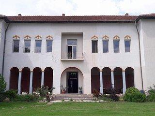 Villa Krushovene room 2