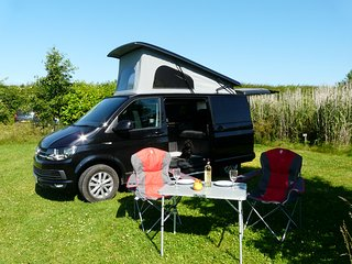 PACK UP YOUR TROUBLES AND GO HOLIDAY ANYWHERE ! IN OUR VOLKSWAGEN CAMPER VAN