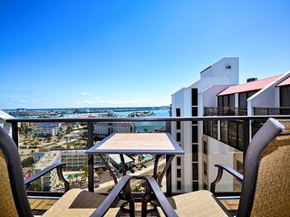 440 West 1708N Stunning 17th Floor Gulf View Condo