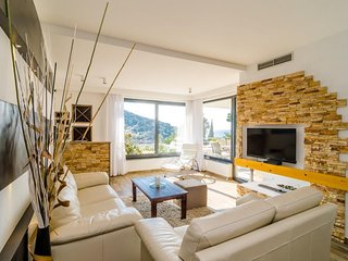 Dubrovnik Deluxe Lily - Luxury Two Bedroom Apartment with Sea view