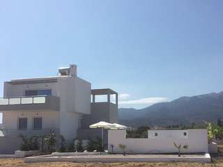 LUXURY  XENOS VILLA 3 WITH PRIVATE POOL AND GARDEN