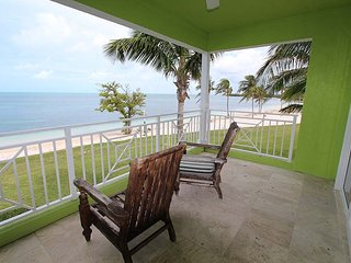 Best Waterfront Studio At Old Bahama Bay