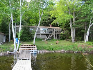 Drag Lake,  3 BR lake front Cottage