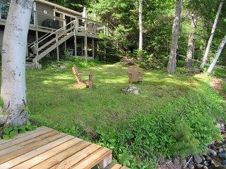 Drag Lake,  3 BR lake front cottage