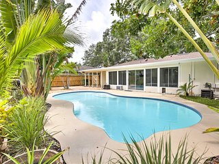 NEW! Dunedin House w/Pool - Close to Beaches!